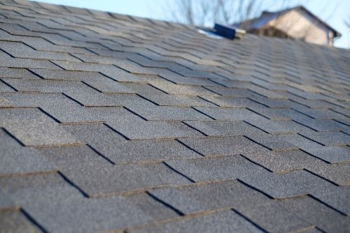 Choosing Your Shingles: Thoughts From Englewood Roofing Pros