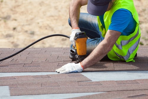 Mistakes To Avoid When Hiring Roofing Contractors in Windsor