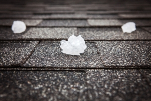 4 Things To Look For When Hiring A Hail Contractor