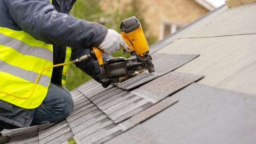 A Guide To Choosing Between Castle Rock Roofing Companies