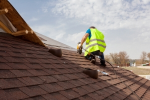 Hiring Lakewood, Colorado Roofers: A How-To Guide